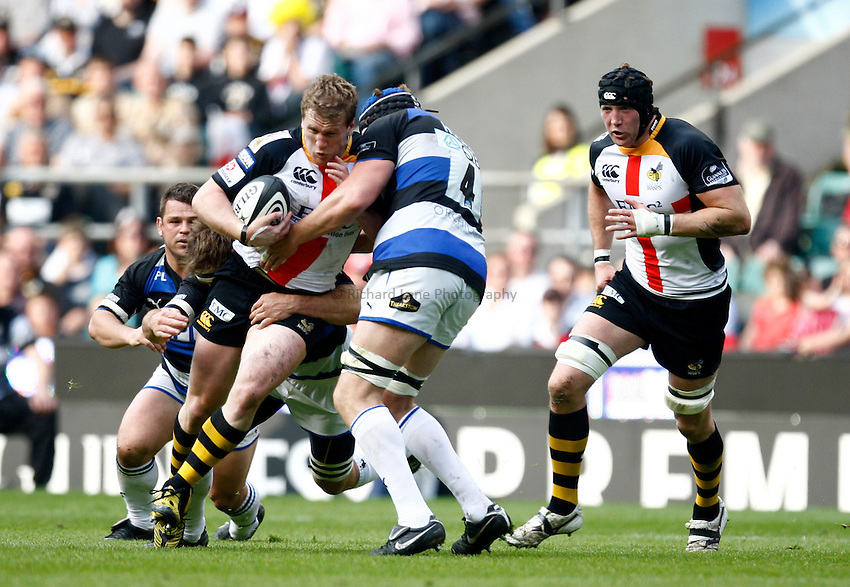 Photo: Richard Lane/Richard Lane Photography. London Wasps v Bath Rugby. The St. George's Day Game. Guinness Premiership. 24/04/2010. Wasps' Tom Rees attacks.