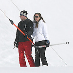 ©Albanpix.com--Picture by Alban Donohoe.Prince William and his girlfriend  Kate Middelton on their skiing holiday  in Klosters, Switzerland 19/3/08
