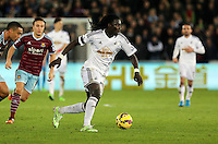 Pictured: Bafetimbi Gomis of Swansea Saturday 10 January 2015<br />