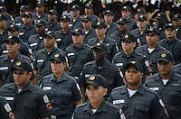 RIO DE JANEIRO, RJ, 09.05.2014 - FORMATURA POLICIA MILITAR DO RIO DE JANEIRO - Formatura do Curso de Forma&ccedil;&atilde;o de Soldados da Turma V/2013-<br />  496 formandos na turma &ldquo;3&deg; sargento PM Arnaldo Fonseca dos Santos&rdquo;, presentes na cerimonia coronel Jos&eacute; Luis Castro Menezes, o Chefe do Estado Maior Administrativo Coronel Ricardo Pacheco Coutinho, al&eacute;m de chefes e diretores. No Centro de Forma&ccedil;&atilde;o de Aperfei&ccedil;oamento de Pra&ccedil;as  no Rio de Janeiro nesta sexta-feira, 09.  (Foto: T&eacute;rcio Teixeira / Brazil Photo Press).