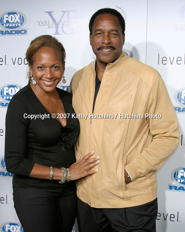 "Dave Winfield & Wife.""Resurrecting The Champ"" Premiere.Beverly Hills,  CA.Aug 22, 2007.©2007 Kathy Hutchins / Hutchins Photo...."