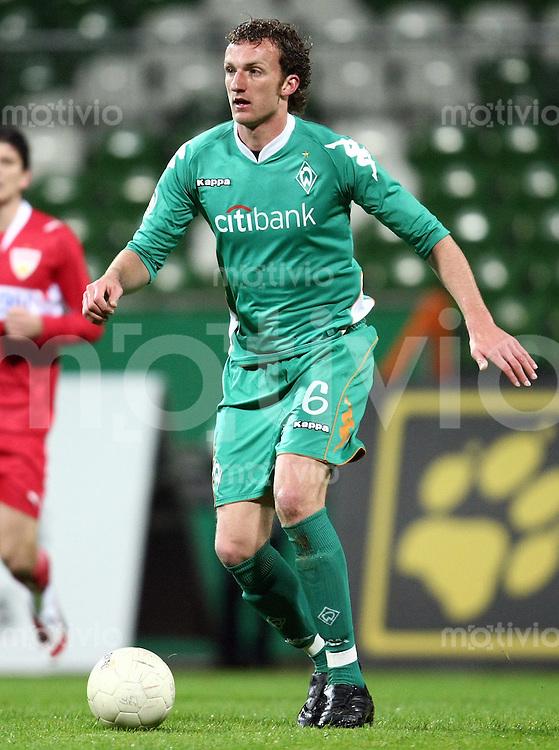 FUSSBAL    REGIONALLIGA NORD/DFB POKAL    SAISON 2007/2008 Dominic PEITZ (SV Werder Bremen II), Einzelaktion am Ball
