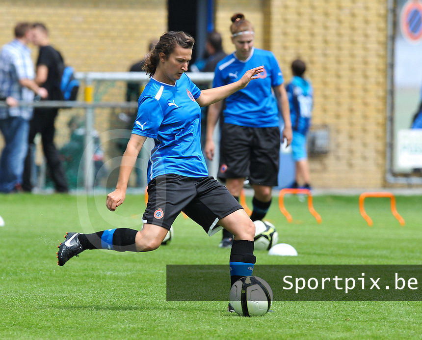 eerste training Club Brugge Dames :  Evy De Smedt.foto DAVID CATRY / Vrouwenteam.be