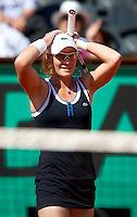 Samantha Stosur (AUS) ((7) against Jelena Jankovic (SRB) (4) in the semi-finals for the women's singles. Samantha Stosur beat Jelena Jankovic 6-1 6-2..Tennis - French Open - Day 12 - Thur 03 June 2010 - Roland Garros - Paris - France..© FREY - AMN Images, 1st Floor, Barry House, 20-22 Worple Road, London. SW19 4DH - Tel: +44 (0) 208 947 0117 - contact@advantagemedianet.com - www.photoshelter.com/c/amnimages