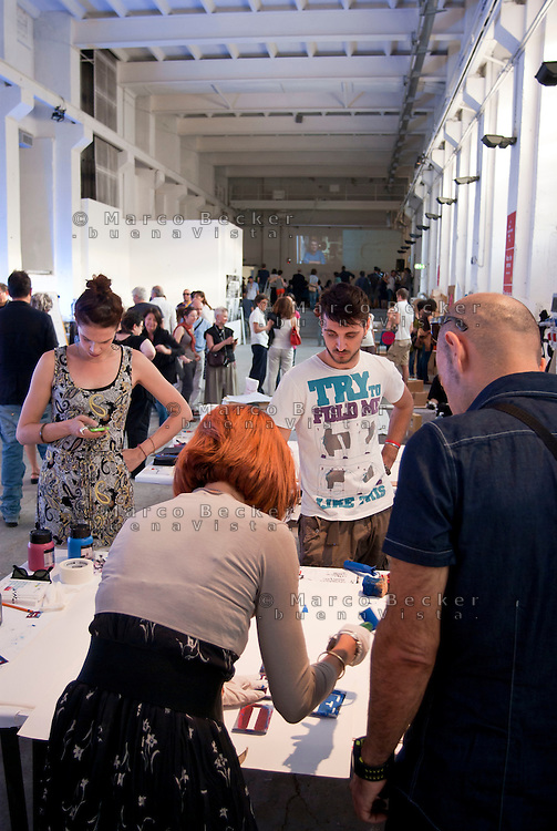 "Milano, Officine Creative alla ex Ansaldo (OCA) --- Milan, ""creative workshops"" at former Ansaldo factory"