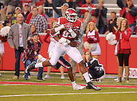 10/31/15<br /> Arkansas Democrat-Gazette/STEPHEN B. THORNTON<br /> Arkansas' Jeremy Sprinkle pulls in a pass he would run in for a fourth quarter touchdown during their game Saturday in Fayetteville.