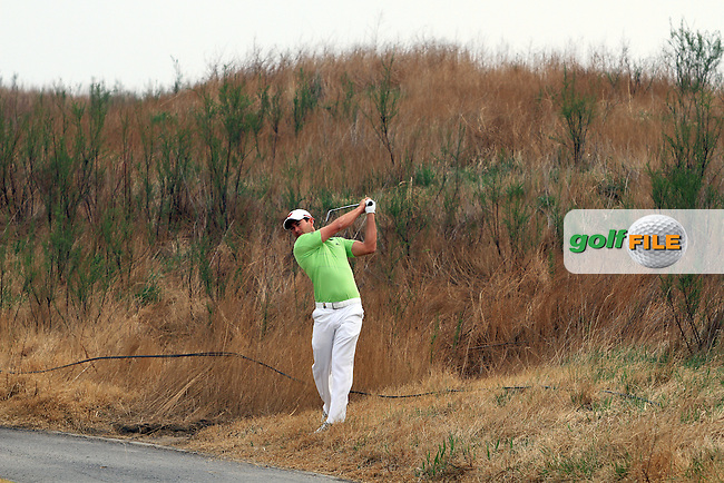 Gareth Maybin (NIR) on the 14th on Day 1 of the 2012 Volvo China Open at Binhai Lake Golf Club, Tianjin, China...(Photo Jenny Matthews/www.golffile.ie)