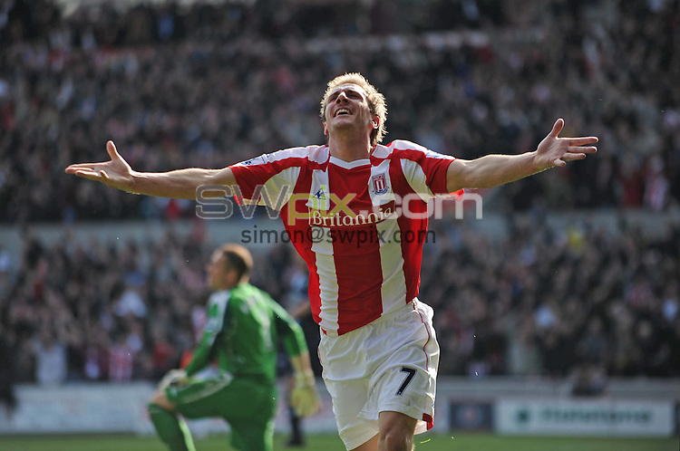 PICTURE BY JEREMY RATA/SWPIX.COM. Barclays Premier league 2008/9 - Stoke City v Blackburn Rovers- Brittania Stadium, Stoke, England. 18th April 2009. Stoke's Liam Lawrence celebrates after scoring the opening goal..Copyright - Simon Wilkinson - 07811267706