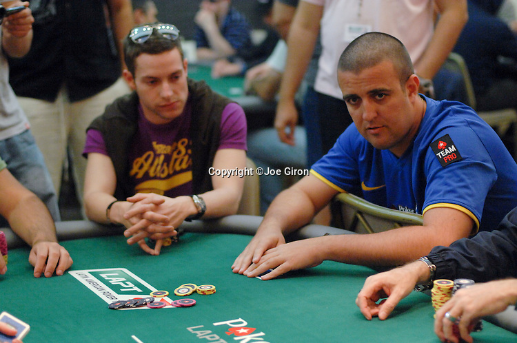 Andre Akkari busts out in level 9