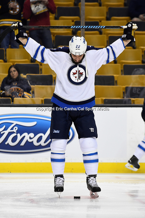 Thursday, October 8, 2015: Winnipeg Jets right wing Chris Thorburn (22) stretches before the NHL game between the Winnipeg Jets and the Boston Bruins held at TD Garden, in Boston, Massachusetts. Winnipeg defeated Boston 6-2 in regulation time. Eric Canha/CSM