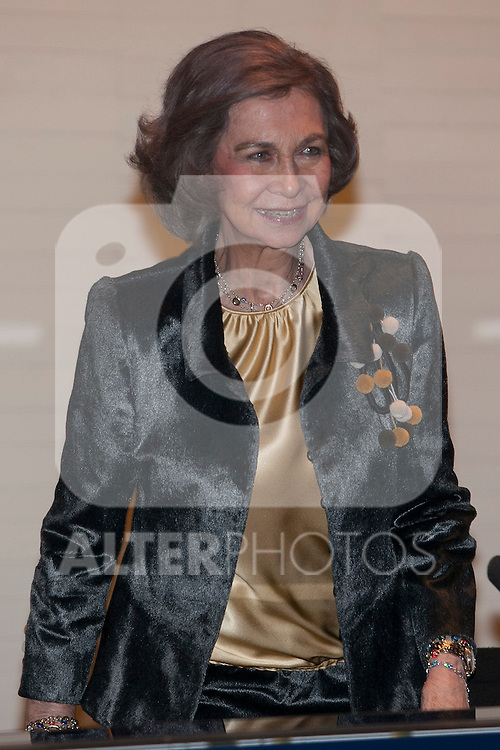 Queen Sofia of Spain attends the 50th Extraordinary Painting and Sculpture Awards in Madrid, Spain. March 02, 2015. (ALTERPHOTOS/Victor Blanco)
