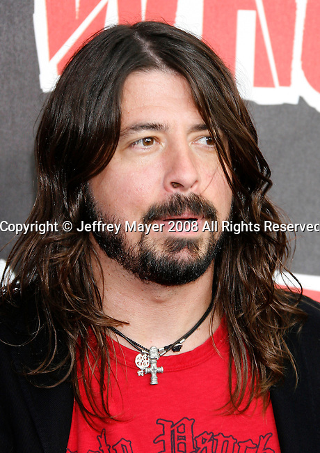 Musician Dave Grohl of the Foo Fighters arrives at the 2008 VH1 Rock Honors: The Who at Pauley Pavilion on the UCLA Campus on July 12, 2008 in Westwood, California. California.