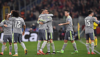 FUSSBALL CHAMPIONS LEAGUE  SAISON 2015/2016 ACHTELFINAL HINSPIEL AS Rom - Real Madrid                 17.02.2016 JUBEL Real Madrid;  Torschütze Cristiano Ronaldo (Mitte re) umarmt Sergio Ramos (Mitte li)