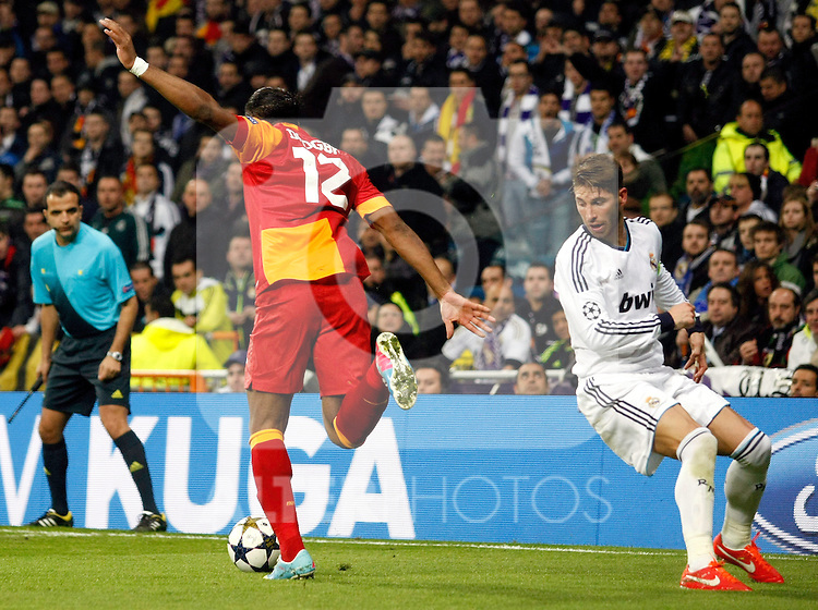 Real Madrid's Sergio Ramos and Galatasaray's Didier Drogba during the quarter final Champion League match. April 3, 2013.(ALTERPHOTOS/Alconada)