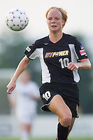 Anita Rapp of the Power chases down a ball toward the corner during first half action as the Atlanta Beat and the NY Power played to a 1-1 tie on 7/26/03 at Mitchel Athletic Complex, Uniondale, NY.