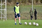 Hoffenheims Havard Nordtveit (Nr.6) mit einigen B&auml;llen / Baellen beim Training in der Bundesliga der TSG 1899 Hoffenheim.<br /> <br /> Foto &copy; PIX-Sportfotos *** Foto ist honorarpflichtig! *** Auf Anfrage in hoeherer Qualitaet/Aufloesung. Belegexemplar erbeten. Veroeffentlichung ausschliesslich fuer journalistisch-publizistische Zwecke. For editorial use only.