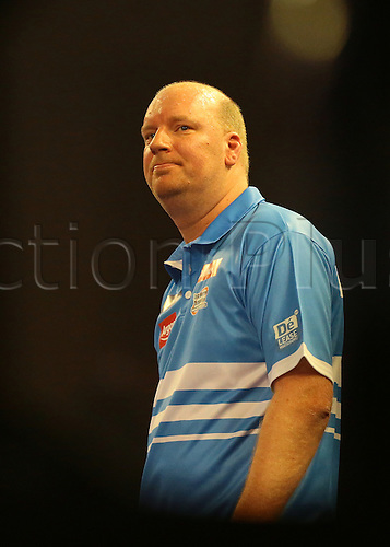 29.12.2015. Alexandra Palace, London, England. William Hill PDC World Darts Championship. Vincent van der Voort takes a glance at the scoreboard