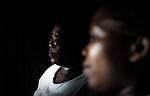 Aicha, 24 ans est venue à Mayotte suite à un accident pour se faire soigner. Ses 2 enfants sont toujours aux Comores. Lors du voyage son embarcation a fait naufrage et elle a failli se noyer, Labattoir, Mayotte, octobre 2016.