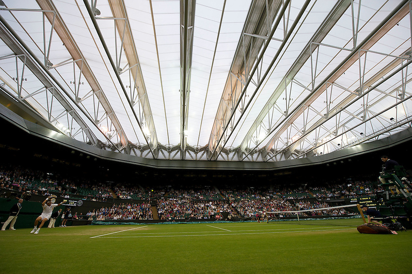 A view of the Centre Court with the roof closed during the David Ferrer ESP (7) vs Juan Martin Del Potro ARG (9) Gentlemen's Singles Fourth Round match - David Ferrer ESP (7) def Juan Martin Del Potro ARG (9) 6-3 6-2 6-3..Tennis - Wimbledon Lawn Tennis Championships - Day 8 - Tuesday 3rd July 2012 -  All England Lawn Tennis and Croquet Club - Wimbledon - London - England...