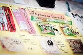 Japanese snacks at the Japan foodhouse. Photo: Audun Ingebrigtsen / Scouterna