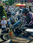 Wisła, (województwo śląskie) 28.08.2016. Deptak w Wiśle, prezentacja motocykli.