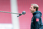 Florian Kohfeldt (Trainer SV Werder Bremen) beim INterview<br /> <br /> <br /> Sport: nphgm001: Fussball: 1. Bundesliga: Saison 19/20: 33. Spieltag: 1. FSV Mainz 05 vs SV Werder Bremen 20.06.2020<br /> <br /> Foto: gumzmedia/nordphoto/POOL <br /> <br /> DFL regulations prohibit any use of photographs as image sequences and/or quasi-video.<br /> EDITORIAL USE ONLY<br /> National and international News-Agencies OUT.
