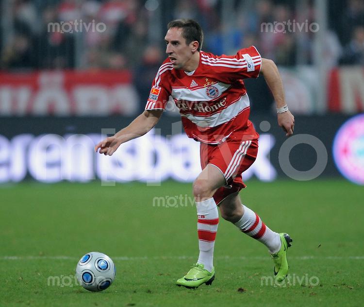 Fussball   1.Bundesliga 2008/2009   08.02.2009    19. Spieltag FC Bayern Muenchen  -  BVB Borussia Dortmund Franck Ribery (FC B) am Ball