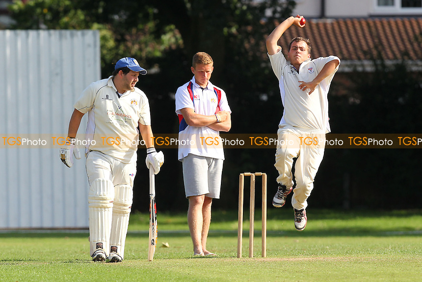 Hornchurch Athletic CC vs Rayleigh CC 2nd XI - Mid-Essex Cricket League at Hylands Park - 03/08/13 - MANDATORY CREDIT: Gavin Ellis/TGSPHOTO - Self billing applies where appropriate - 0845 094 6026 - contact@tgsphoto.co.uk - NO UNPAID USE