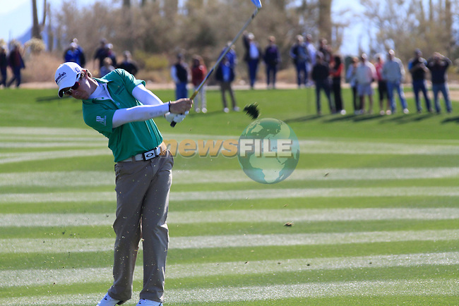 Rory McIlroy (N.IRL) in action on the 1st hole during Day 2 of the Accenture Match Play Championship from The Ritz-Carlton Golf Club, Dove Mountain. (Photo Eoin Clarke/Golffile 2011)