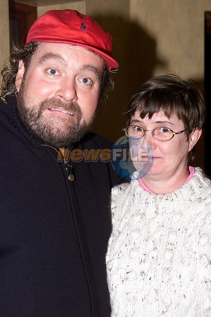 Pauline Finnegan from Newfield with Brendan Grace in the Bridgeford..Picture: Paul Mohan/Newsfile