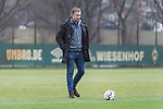 21.02.2019, Trainingsgelaende am Weserstadion, Bremen, GER, 1.FBL, Training SV Werder Bremen<br /> <br /> im Bild<br /> Frank Baumann (Geschäftsführer Fußball Werder Bremen), <br /> <br /> Foto © nordphoto / Ewert