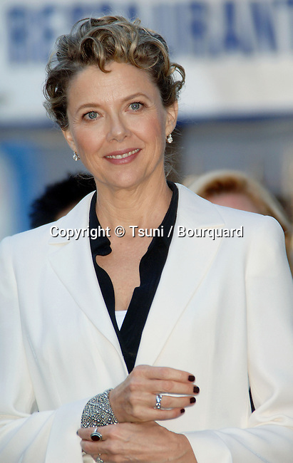 Annette Bening received a star on the Hollywood Walk in front of the Chinese Theatre in Los Angeles.<br /> <br /> 1/2<br /> smile<br /> eye contact