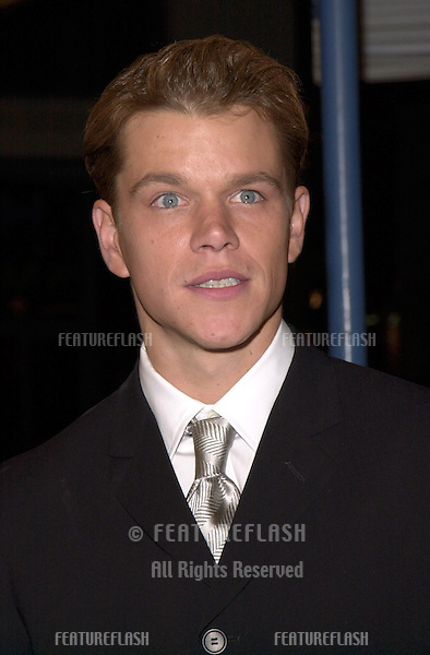"12DEC99: Actor MATT DAMON at the Los Angeles premiere of his new movie ""The Talented Mr. Ripley."".© Paul Smith / Featureflash"