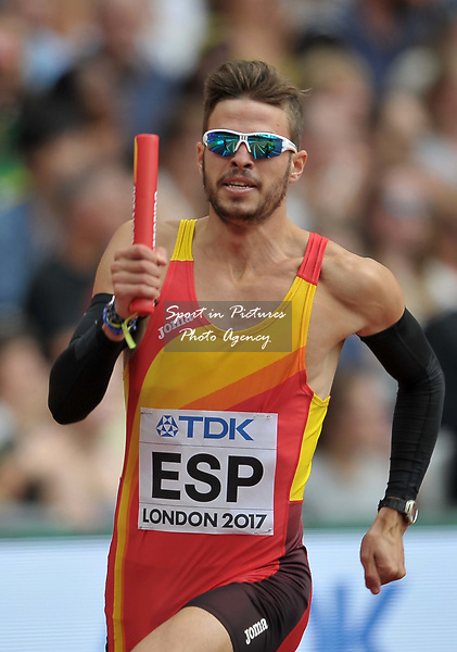 Oscar Husillos (ESP) in the mens 4 x 400m relay. IAAF world athletics championships. London Olympic stadium. Queen Elizabeth Olympic park. Stratford. London. UK. 12/08/2017. ~ MANDATORY CREDIT Garry Bowden/SIPPA - NO UNAUTHORISED USE - +44 7837 394578