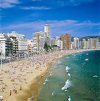 Spain, Costa Blanca, Benidorm: Platja De Llevant | Spanien, Costa Blanca, Benidorm: Platja De Llevant