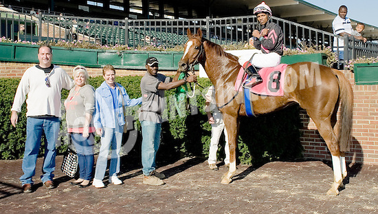 Smarty 'n Me winning at Delaware Park on 10/22/12