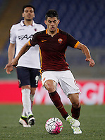 Calcio, Serie A: Roma vs Bologna. Roma, stadio Olimpico, 11 aprile 2016.<br /> \Roma's Diego Perotti in action during the Italian Serie A football match between Roma and Bologna at Rome's Olympic stadium, 11 April 2016.<br /> UPDATE IMAGES PRESS/Isabella Bonotto