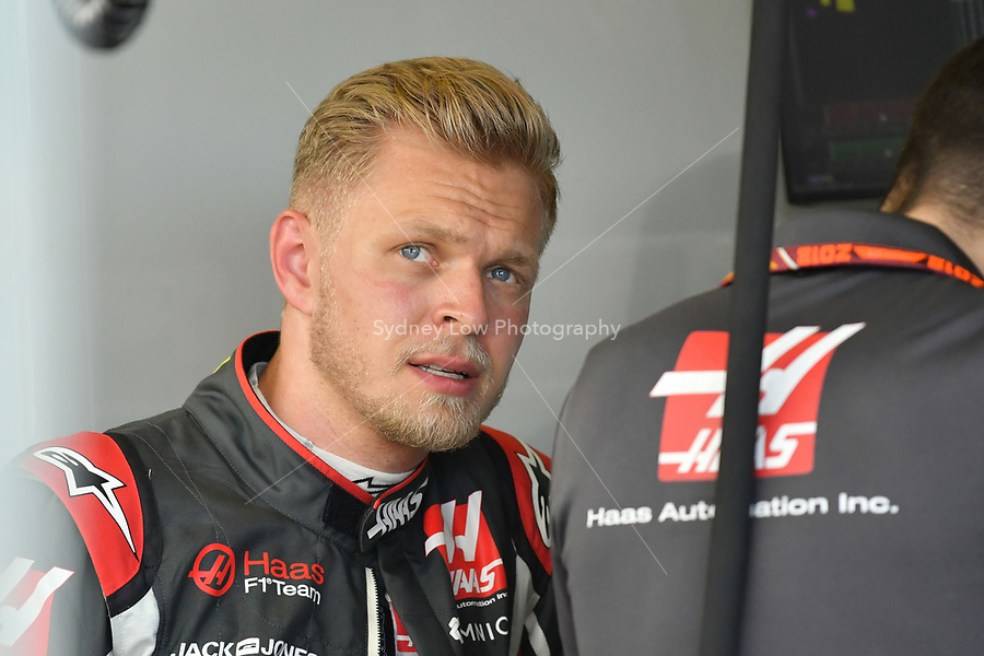 March 23, 2018: Kevin Magnussen (DEN) #20 from the Haas F1 Team talks to his team during practice session two at the 2018 Australian Formula One Grand Prix at Albert Park, Melbourne, Australia. Photo Sydney Low
