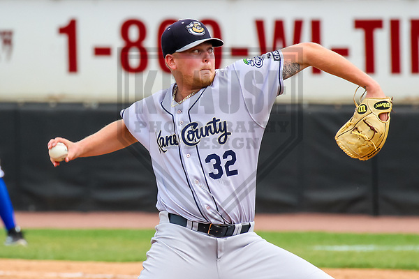Kane County Cougars pitcher Ryan Burr (32) during a Midwest League game against the Wisconsin Timber Rattlers on June 11, 2017 at Fox Cities Stadium in Appleton, Wisconsin.  Kane County defeated Wisconsin 6-4. (Brad Krause/Krause Sports Photography)
