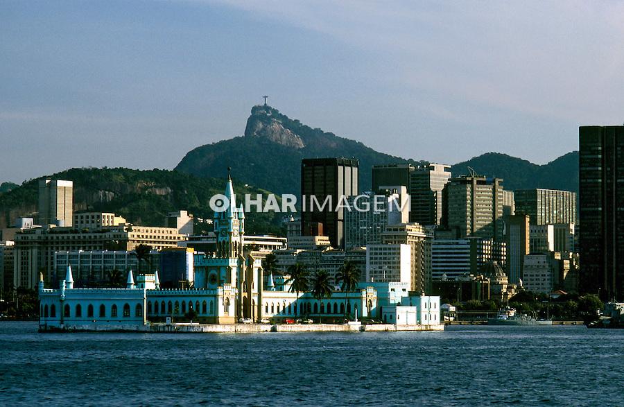 Palácio na Ilha Fiscal. Rio de Janeiro. 2003. Foto de Ricardo Azoury.