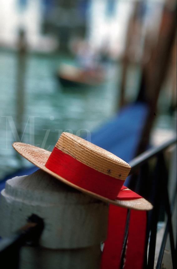 A gondolier?s hat.