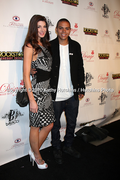 LOS ANGELES - SEP 11:  Evan Ross attends The Brent Shapiro Foundation For Alcohol and Drug Awareness Summer Spectacular 2010 Event at Private Estate on September 11, 2010 in Beverly Hills, CA