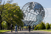 NEW YORK, NY - MAY 10: Some people wearing face masks visit Flushing Meadows Corona Park on Mother's Day on May 10, 2020 in Queens, NY. COVID-19 has spread to most countries in the world, claiming more than 283,000 lives and more than 4.1 million people infected, Queens has been one of the places most affected by the Coronavirus. (Photo by Pablo Monsalve / VIEWpress via Getty Images)