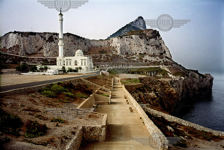 The King Fahd ben Abdelaziz Al Saaud Mosque, also known as the Ibrahim-al-Ibrahim Mosque, at Europa Point, the most southerly part of Gibraltar, with the rock in the background.