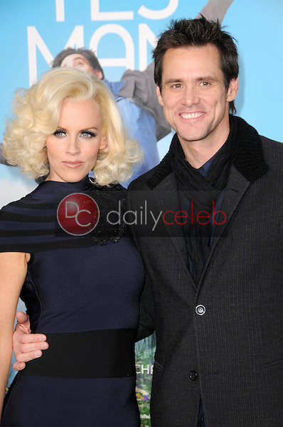 Jenny McCarthy and Jim Carrey <br /> at the Los Angeles Premiere of 'Yes Man'. Mann VIllage Theater, Westwood, CA. 12-17-08<br /> Dave Edwards/DailyCeleb.com 818-249-4998