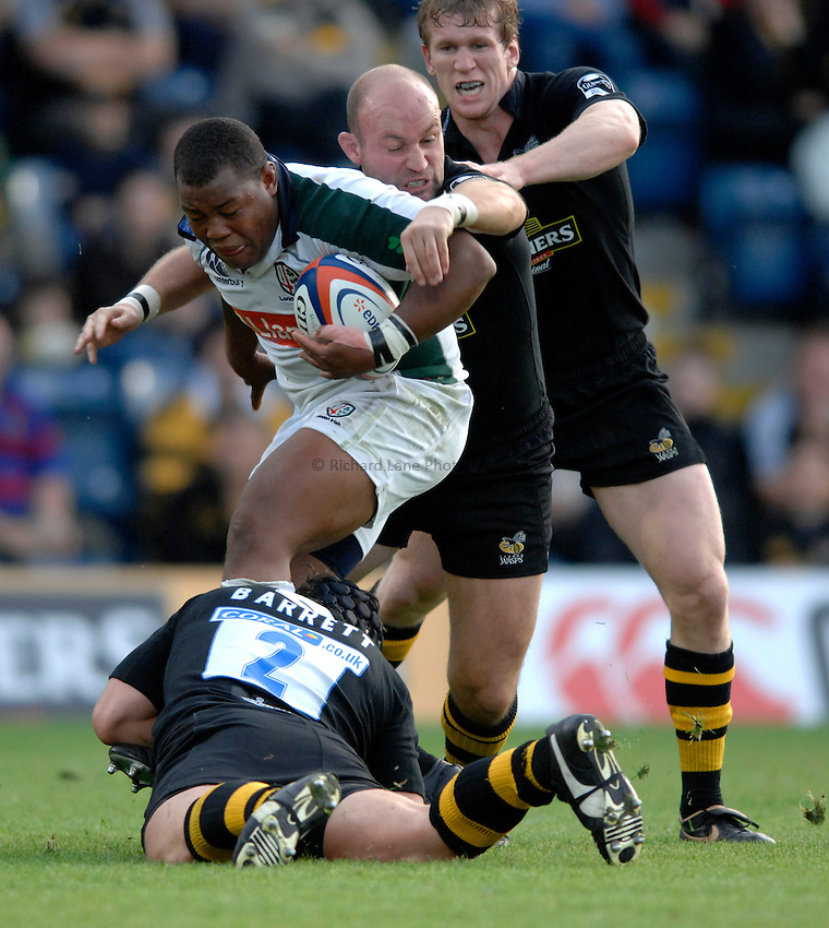Photo: Richard Lane..London Wasps v London Irish. EDF Anglo-Welsh Cup. 08/10/2006. .Irish's Steffon Armitage is tackled.