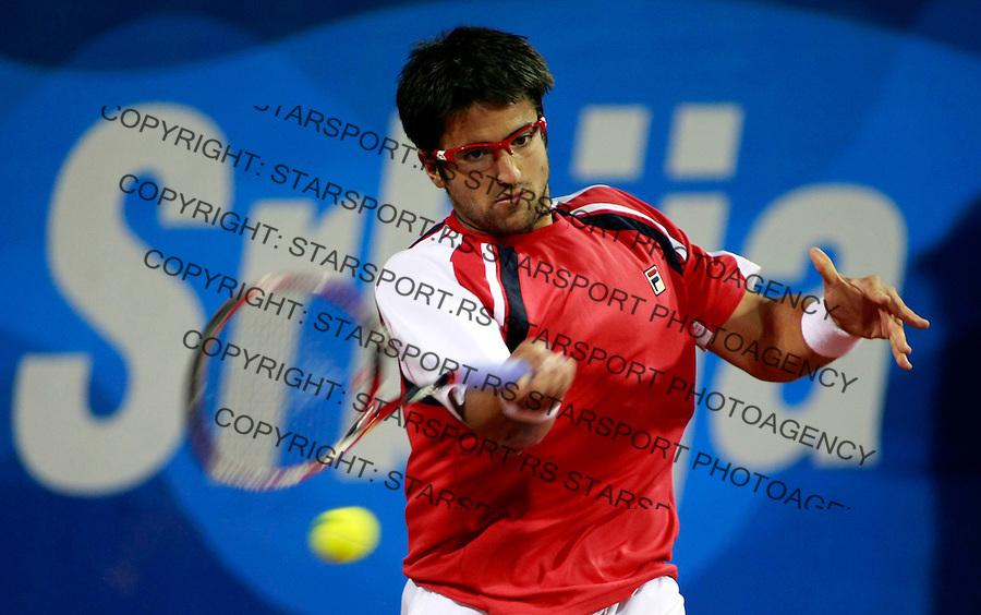 Tenis.ATP Serbia Open 2009.Novak Djokovic Vs. Janko Tipsarevic, second round.Janko Tipsarevic, returnes the ball.Beograd, 05.06.2009..foto: Srdjan Stevanovic/Starsportphoto.com ©