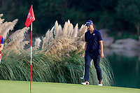 Adam Scott (AUS) on the 18th green during the 3rd round of the WGC HSBC Champions, Sheshan Golf Club, Shanghai, China. 02/11/2019.<br /> Picture Fran Caffrey / Golffile.ie<br /> <br /> All photo usage must carry mandatory copyright credit (© Golffile | Fran Caffrey)