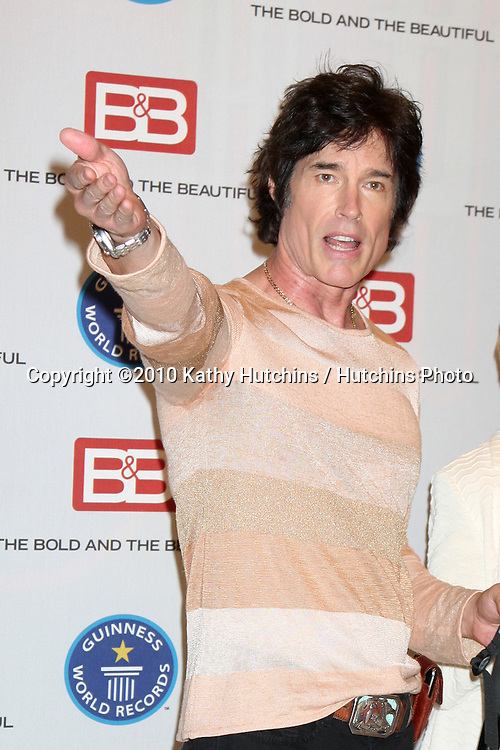 "Ronn Moss .Guinness World Records®  presents THE BOLD AND THE BEAUTIFUL with the certification as the  ""Most Popular Daytime TV Soap - Current..Bold & Beautiful Set, Stage 31, CBS Televsion CIty.Los Angeles, CA.May 18, 2010.©2010 Kathy Hutchins / Hutchins Photo.."