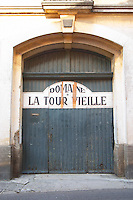 Domaine la Tour Vieille. Collioure. Roussillon. A door. France. Europe.